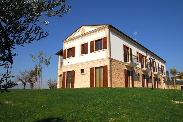 Abruzzo Residence Met Appartementen Restaurant En Zwembad 5
