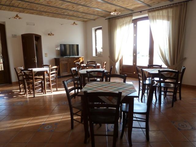 Abruzzo Residence Met Appartementen Restaurant En Zwembad 7