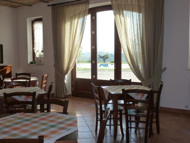 Abruzzo Residence Met Appartementen Restaurant En Zwembad 8