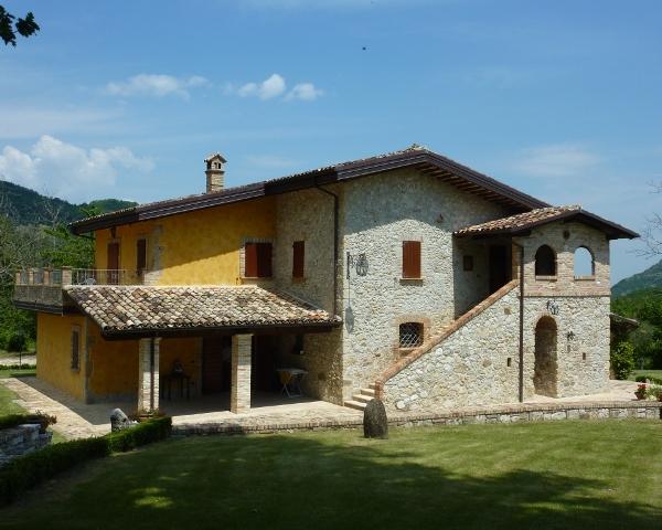 Abruzzo Vakantiehuis Met Zwembad 1
