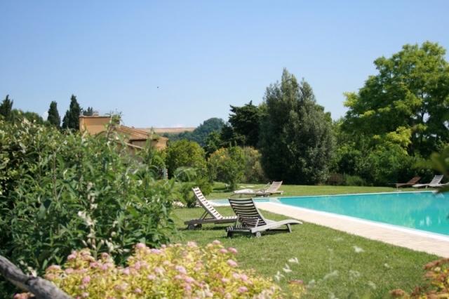Agriturismo Abruzzo Met Groot Zwembad Op Mooie Locatie 1