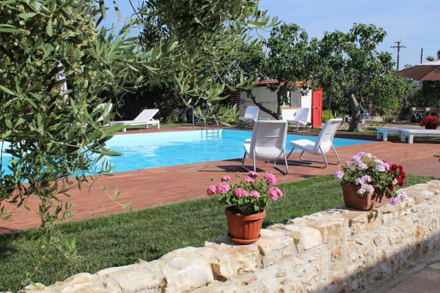 Gargano Puglia Agriturismo Aan De Kust In Vieste Met Zwembad En Manege 3