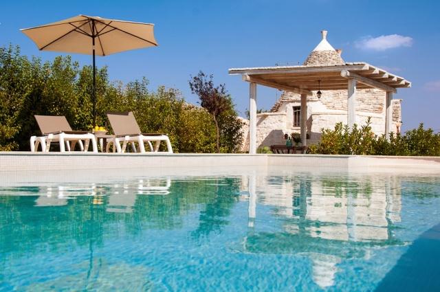 Kleine Trullo Voor 4p Met Pool Bij Locorotondo In Puglia 1