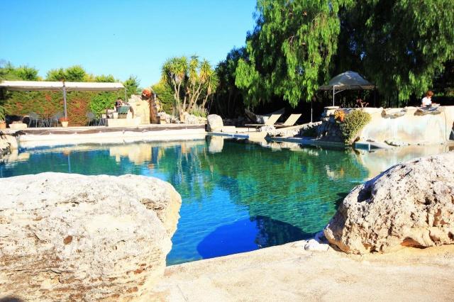 Kleinschalig Complex Met Zwembad En Jacuzzi Lecce 17