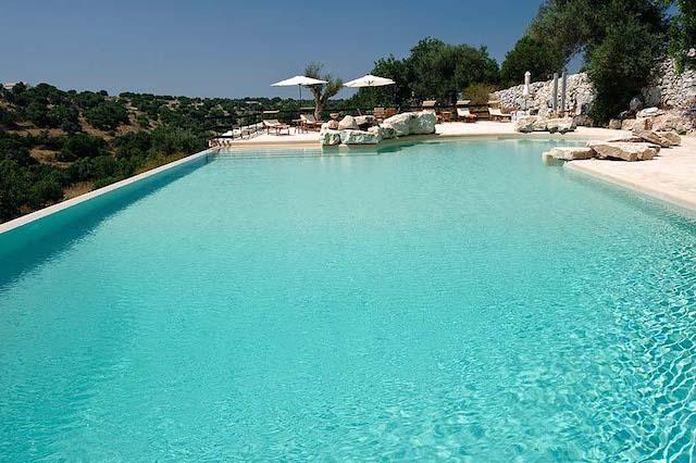 Landgoed Vakantie Accommodatie Ragus Met Gedeeld Zwembad 3