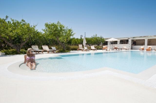 Luxe App Met  Gedeeld Zwembad Aan De Kust Zuid Puglia 2