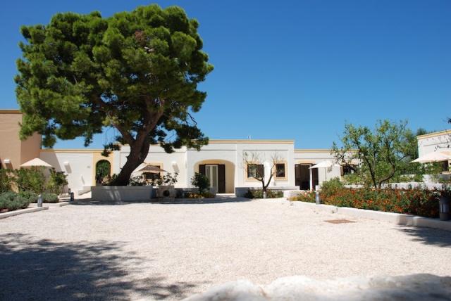 Luxe App Met  Gedeeld Zwembad Aan De Kust Zuid Puglia 25