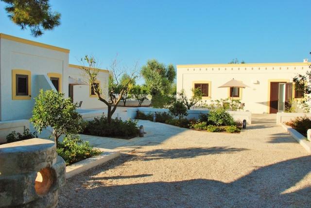 Luxe App Met  Gedeeld Zwembad Aan De Kust Zuid Puglia 26