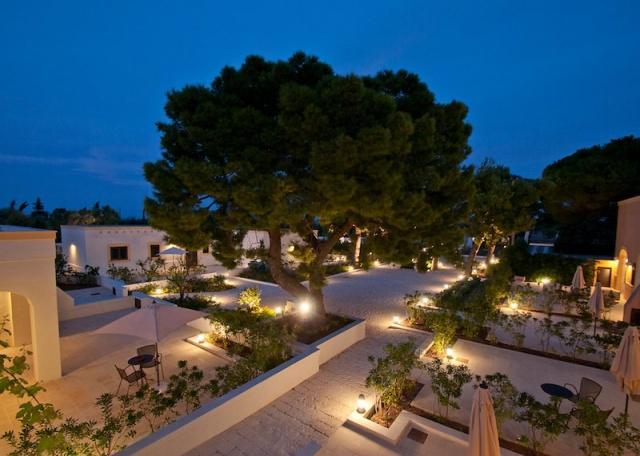 Luxe App Met  Gedeeld Zwembad Aan De Kust Zuid Puglia 28