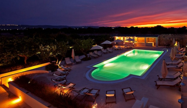 Luxe App Met  Gedeeld Zwembad Aan De Kust Zuid Puglia 29