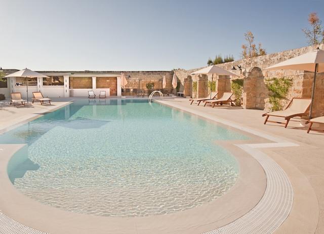 Luxe App Met  Gedeeld Zwembad Aan De Kust Zuid Puglia 9