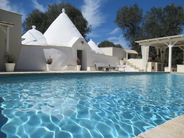 Puglia Vakanties Uniek Trullo Complex Met Twee Zwembaden 2