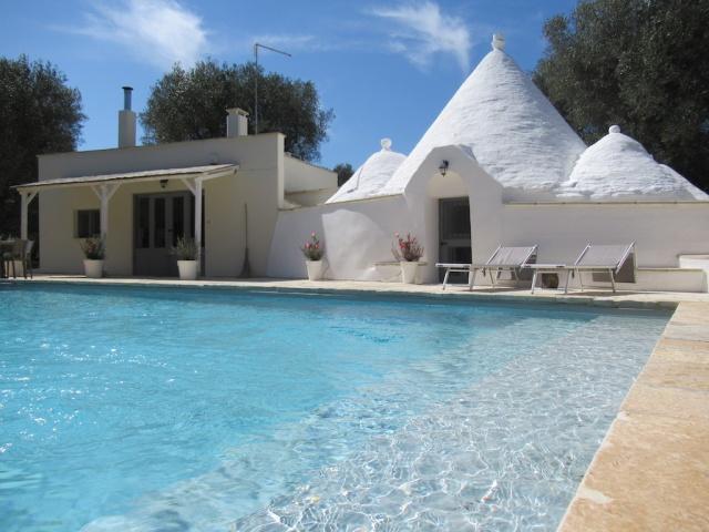 Puglia Vakanties Uniek Trullo Complex Met Twee Zwembaden 4
