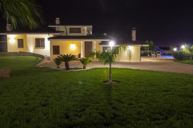 Pv2600 Gallipoli Puglia 12p Villa Met Zwembad  7646