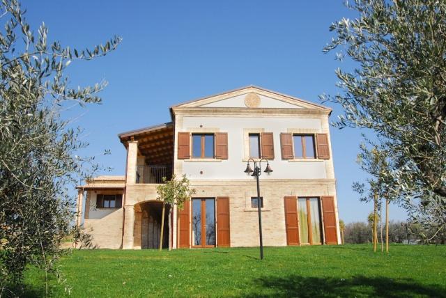 Residence Abruzzo Met Appartementen Restaurant En Zwembad 4