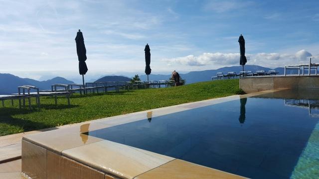 Sudtirol Vakantie Berghut Met Hotel Faciliteiten 41