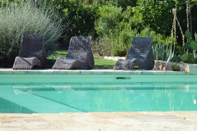 Trulli Complex Met Lamie En Gedeeld Zwembad Itria Vallei Puglia Zuid Italie 6