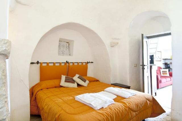 Trulli Complex Met Lamie En Gedeeld Zwembad Itria Vallei Puglia Zuid Italie 7m