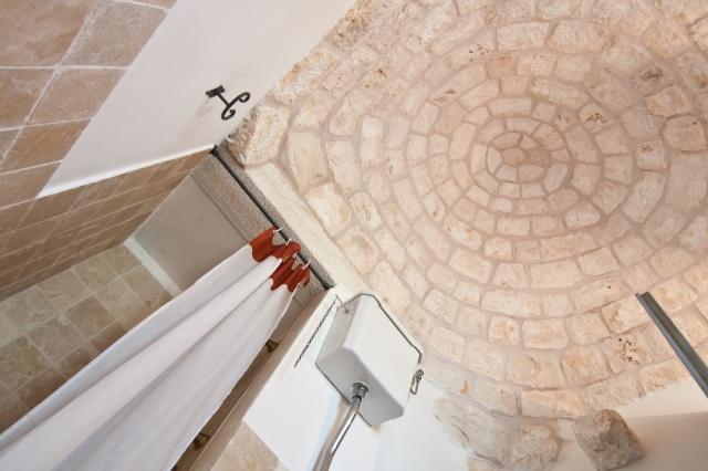 Trulli Complex Met Lamie En Gedeeld Zwembad Itria Vallei Puglia Zuid Italie 7o