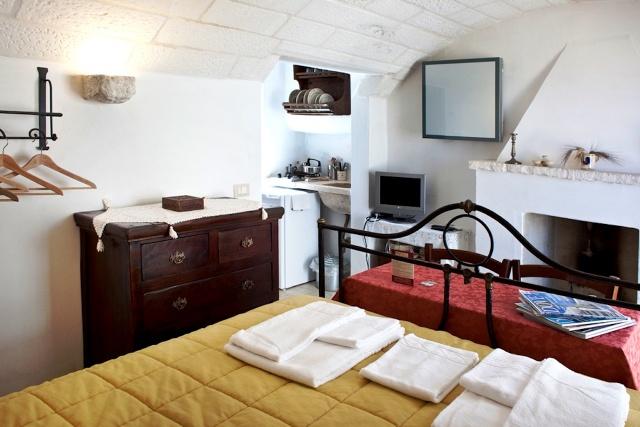 Trullo Complex Met Lamie En Gedeeld Zwembad Itria Vallei Puglia Zuid Italie 7d