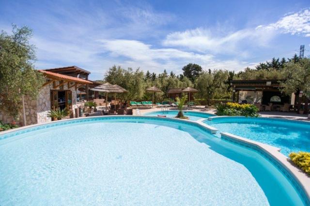 Vieste Kindvriendelijk Vakantiepark Met Zwembad Vlakbij De Kust 1
