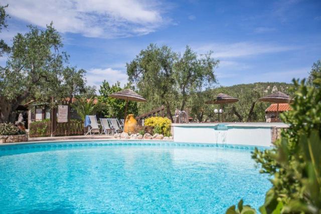 Vieste Kindvriendelijk Vakantiepark Met Zwembad Vlakbij De Kust 4