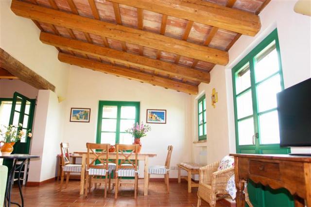 Villa Met Zwembad Montecarotta 59