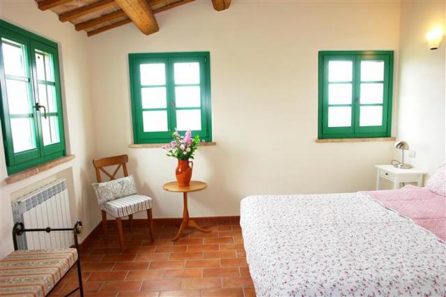 Villa Met Zwembad Montecarotta 70