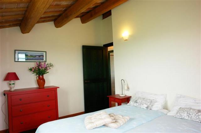 Villa Met Zwembad Montecarotta 72