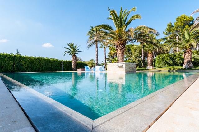 Villa Met Zwembad En Tennisbaan Martina Franca 2