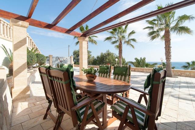 Villa Met Zwembad En Zeezicht Puglia 22
