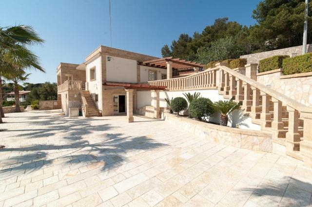 Villa Met Zwembad En Zeezicht Puglia 24
