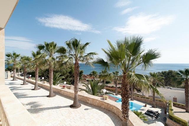 Villa Met Zwembad En Zeezicht Puglia 25