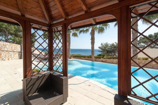 Villa Met Zwembad En Zeezicht Puglia 4