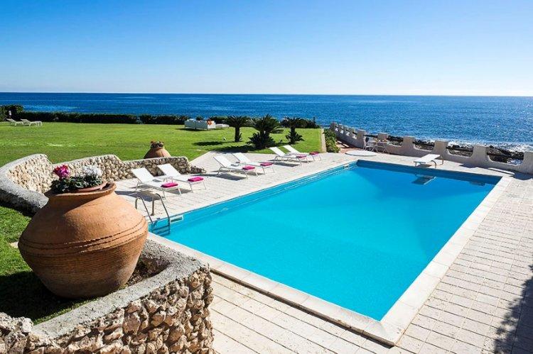 Sicilie-villa-direct-aan-zee-4