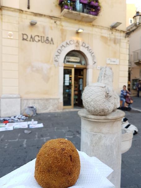 Arancini-taormina-sicilie