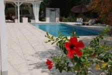 italiaans-droomhuis-met-trullo-en-zwembad-1